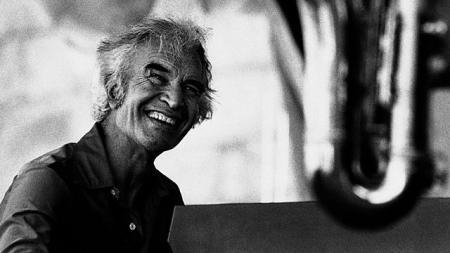 El pianista de jazz David Brubeck  murió a los 91 años, ayer miércoles 5. Su gran compañero del mítico Cuarteto de Brubeck, el safonista Paul Desmond, había muerto por alcoholismo y cáncer de pulmón en 1977.
