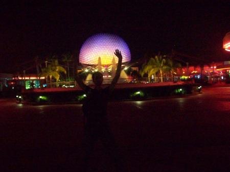 """Esfera de Epcot, Disney Orlando. La """"bola Epcot"""" se llama oficialmente """"Spaceship Earth""""."""
