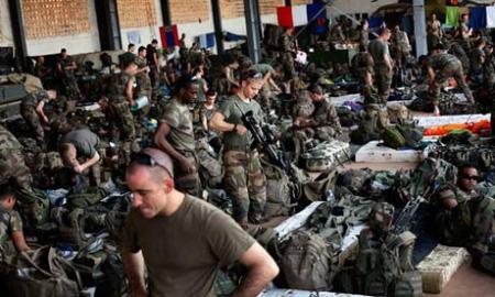 """Se viene la """"Revolución Francesa"""" para los talibanes musulmanes africanos de Mali, ex colonia."""