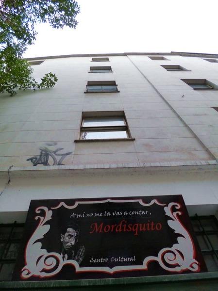 """Por AMÍLCAR MORETTI. Pasaje Discépolo: """"A mí no me la vas a contar"""" y """"Nadie sabe lo qué es el comunismo"""". Callao y Corrientes, avenidas. Bueno Aires. 24 de marzo 2013."""