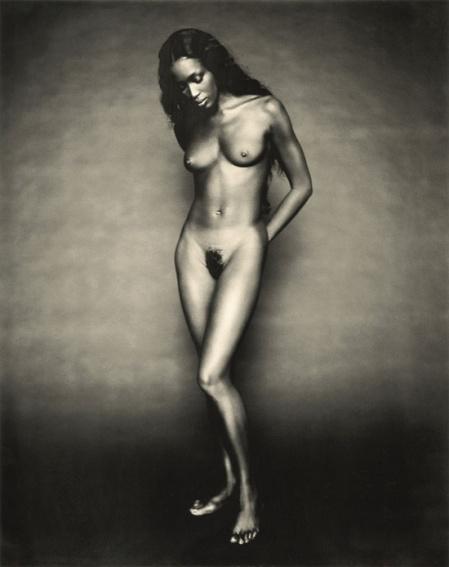 Naomí Campbell, supermodelo internacional, fotografiada por Paolo Roversi.