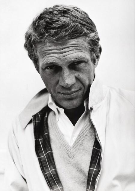 Steve McQueen (1930-1980). (De Aurélie DNL, en Pinterest)