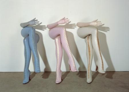 Secretarias. Las célebres piernas fetichistas de dominatraix de Allen Jones.