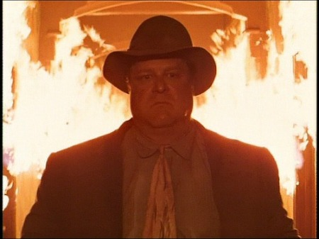 "Charlie Meadows (Johnn Goodman) en ""Barton Fink""."