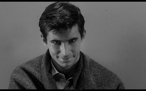 """El pobre Norman Bates de """"Psicosis"""", hoy un ingenuo."""