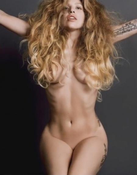 Lady Gaga fotografiada por la pareja fashion Inez Van Lansweerde y Vinoodh Matadin, en la revista V Magazine.